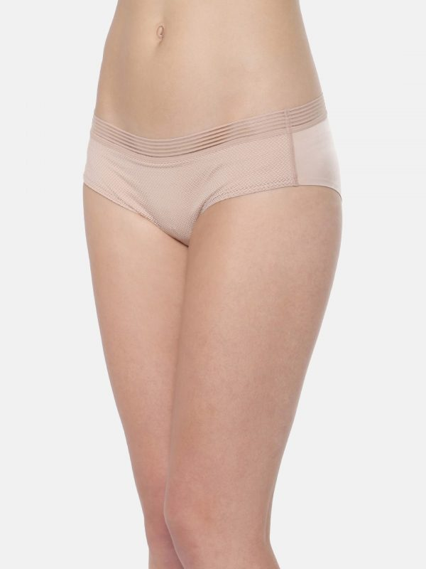 Triumph Women Skin Solid Hipster Briefs - L